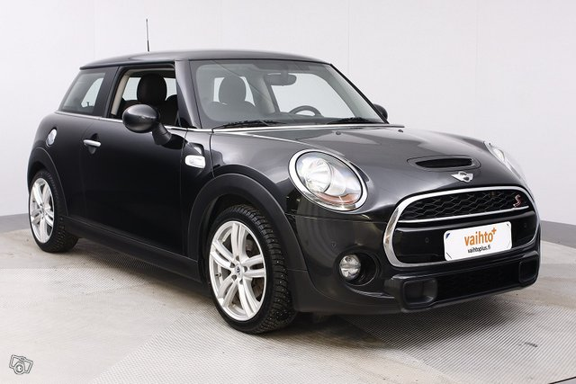 Mini HATCHBACK 7