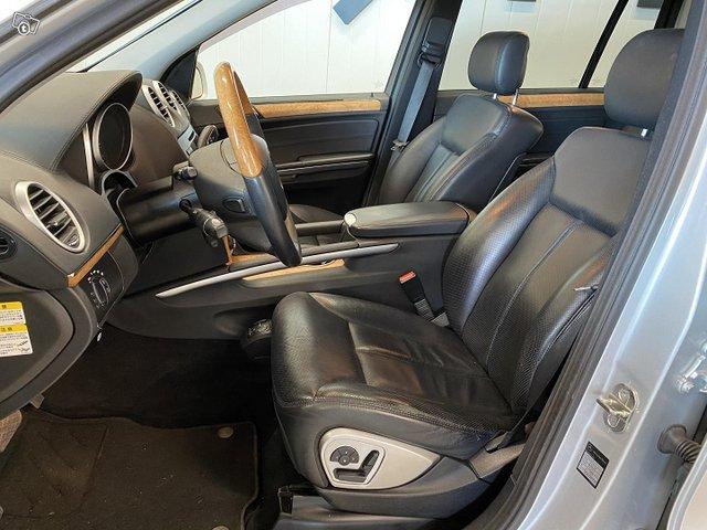 Mercedes-Benz GL 5