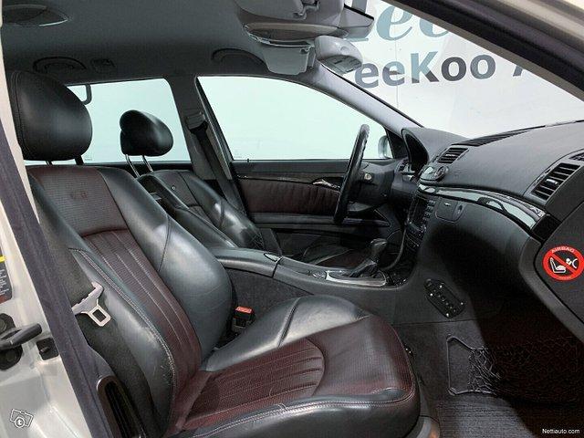 Mercedes-Benz E 55 AMG 8