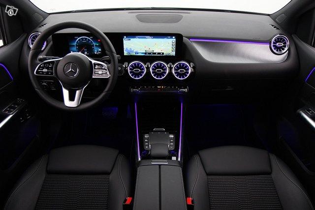 Mercedes-Benz B 11