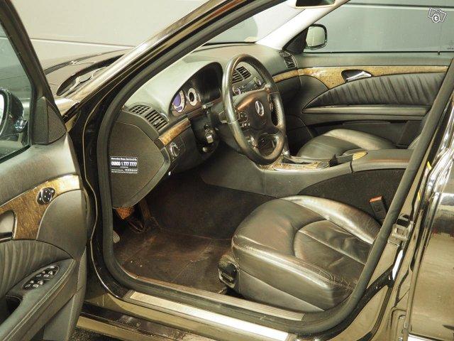 Mercedes-Benz E 320 CDI 7