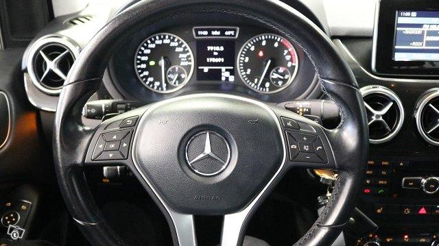 Mercedes-Benz B 17