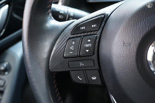 Mazda 3 17