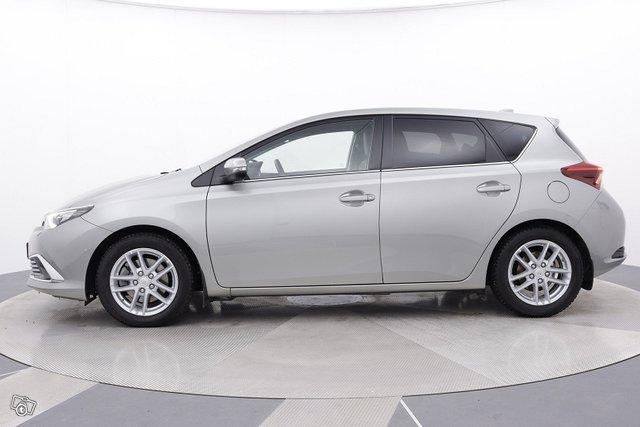 Toyota Auris 2