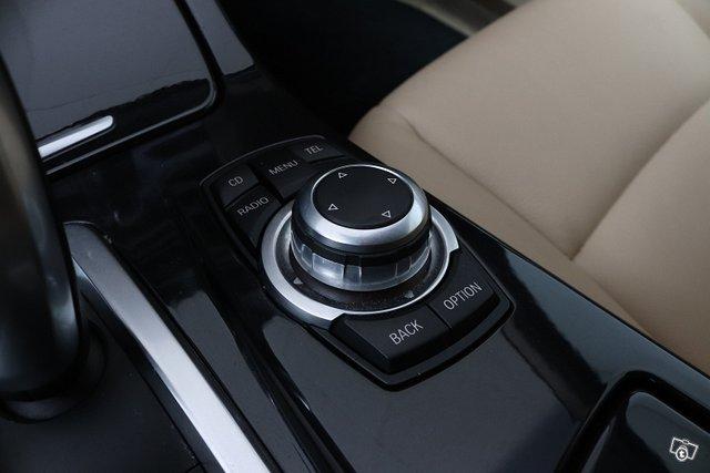 BMW 523 15