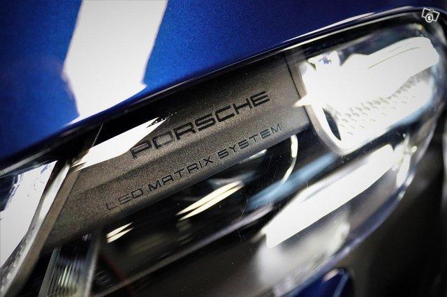 Porsche Taycan 24