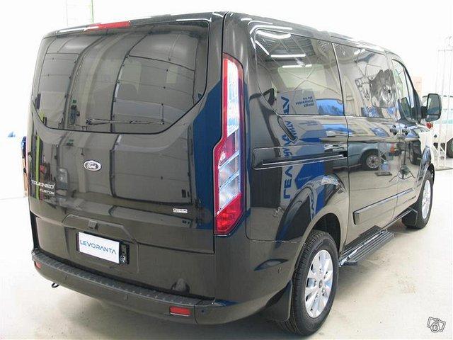 Ford Tourneo Custom 4