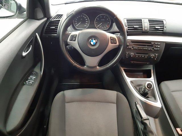 BMW 120i 5