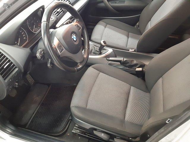 BMW 120i 6