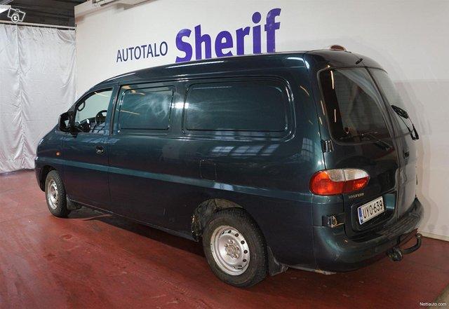 Hyundai H1 Van 3