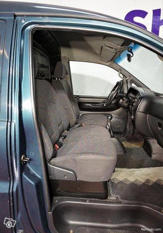 Hyundai H1 Van 7