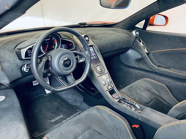 McLaren 650S 9