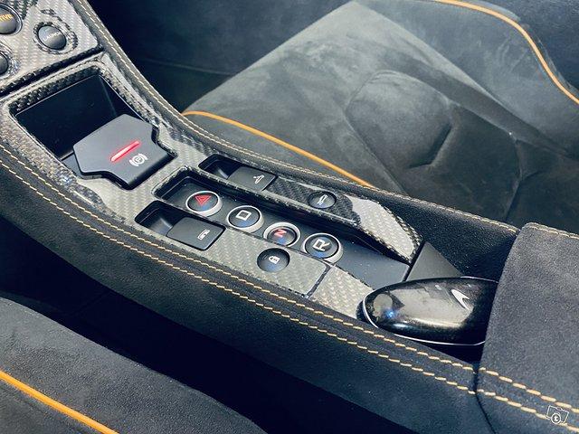 McLaren 650S 12