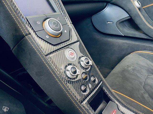 McLaren 650S 13