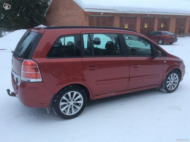 Opel Zafira 6