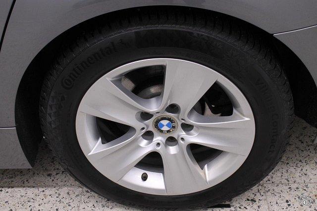 BMW 525 14