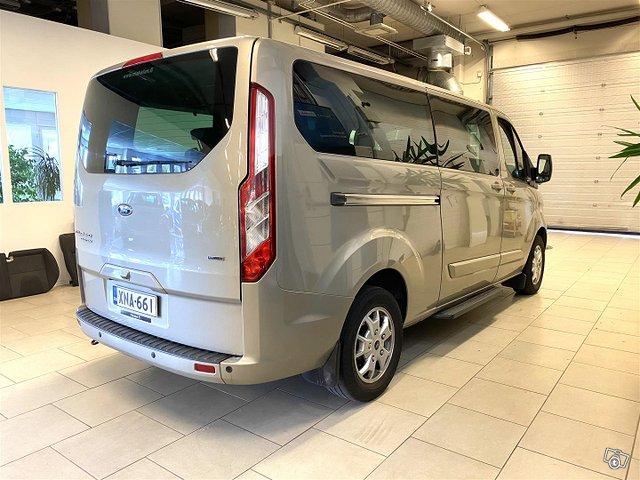 Ford Tourneo Custom 5