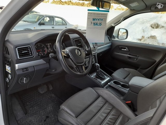 Volkswagen Amarok 165Kw HigLine 8