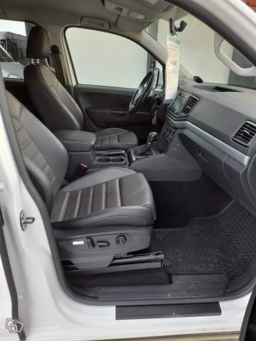 Volkswagen Amarok 165Kw HigLine 11