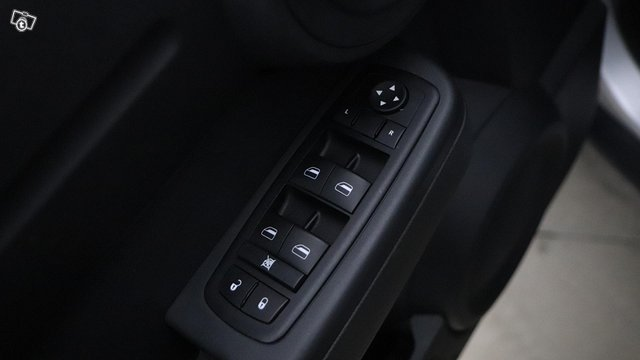 Dodge NITRO 15