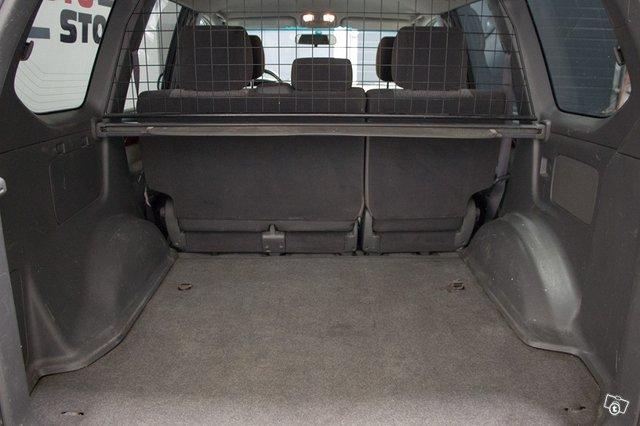 Toyota Land Cruiser 9