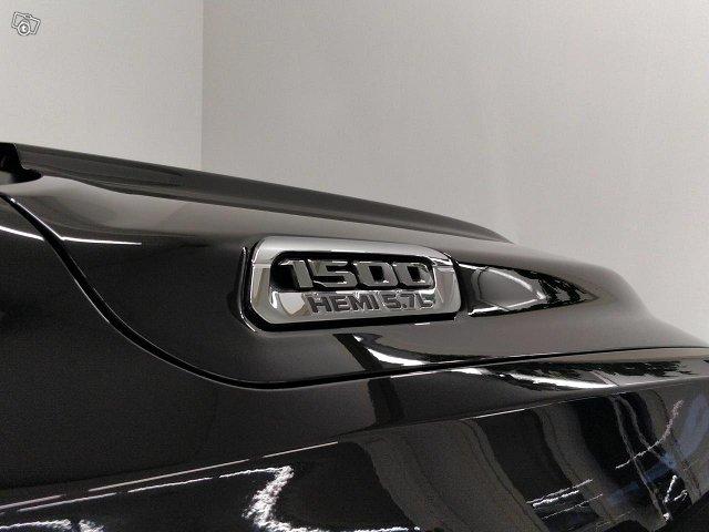 Dodge RAM 16