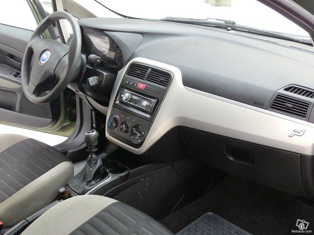 Fiat Grande Punto 12