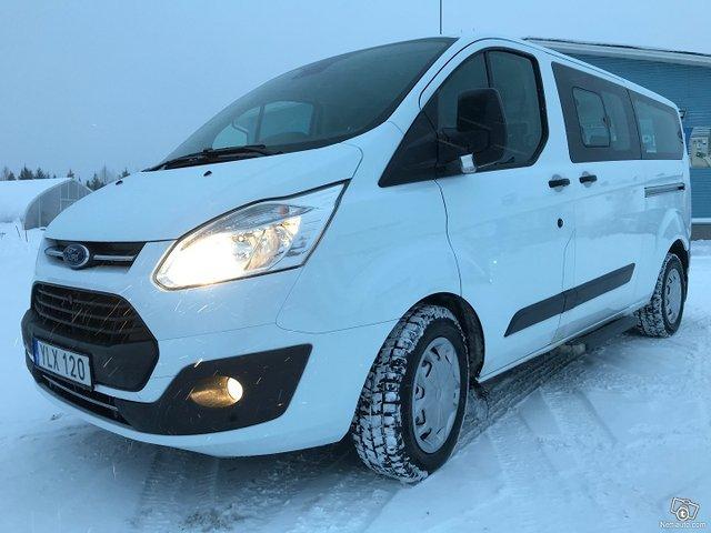 Ford Tourneo Custom 3