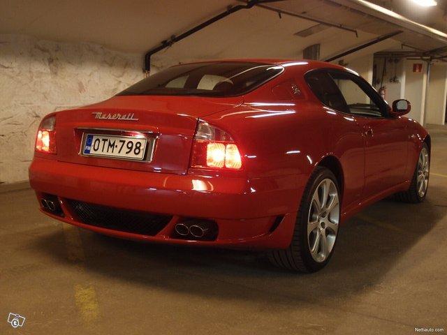 Maserati Coupe 4