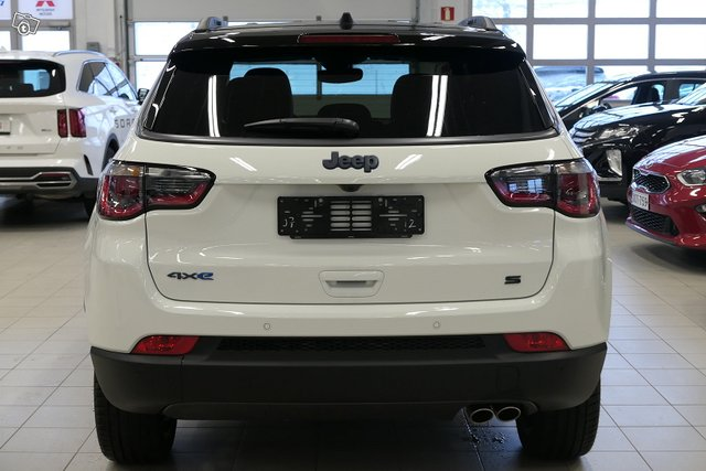 Jeep Compass 5