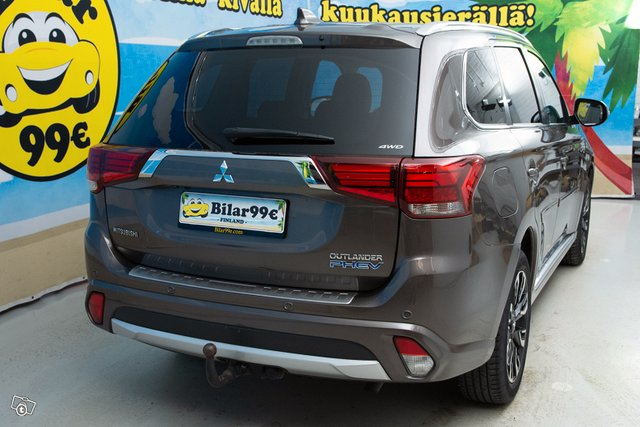 MITSUBISHI OUTLANDER PHEV Executive 6
