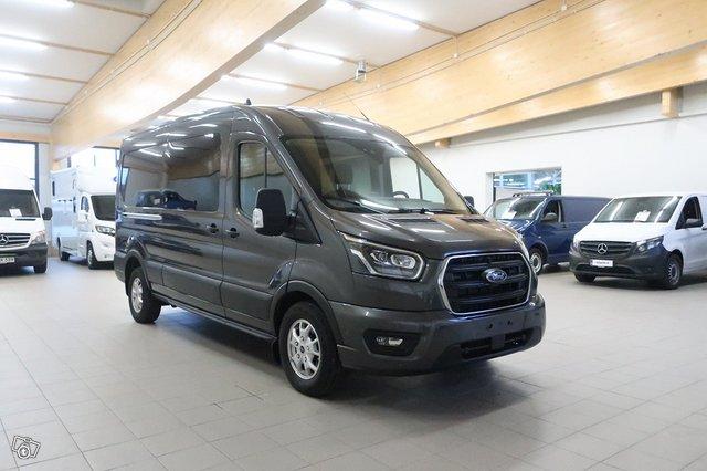 Ford Transit 8