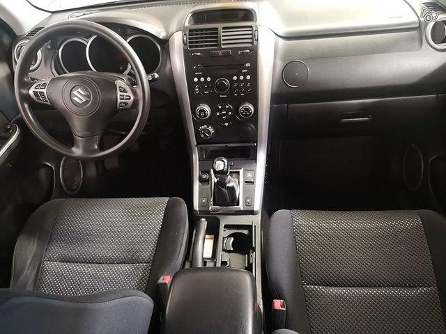 Suzuki Grand Vitara 11