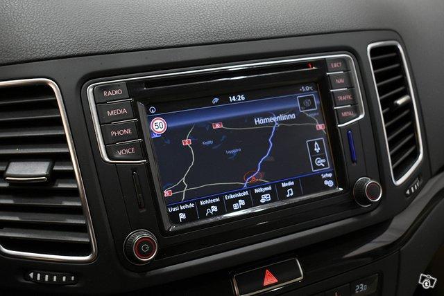 Volkswagen Sharan 19