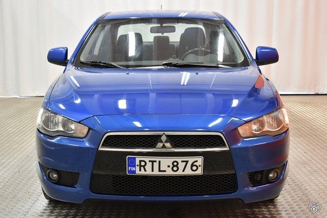 Mitsubishi Lancer 2