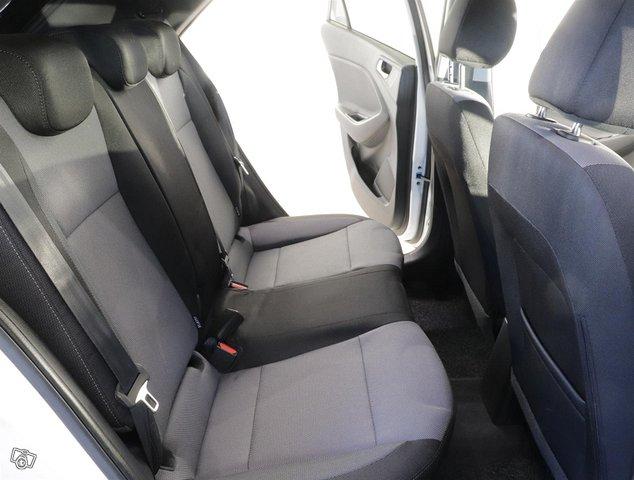 Hyundai I20 13