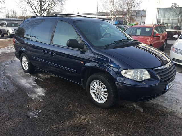 Chrysler Grand Voyager 2.8CRD Comfort StownGo 7-P