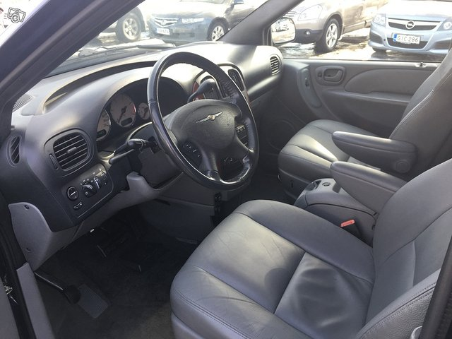 Chrysler Grand Voyager 2.8CRD Comfort StownGo 7-P 7