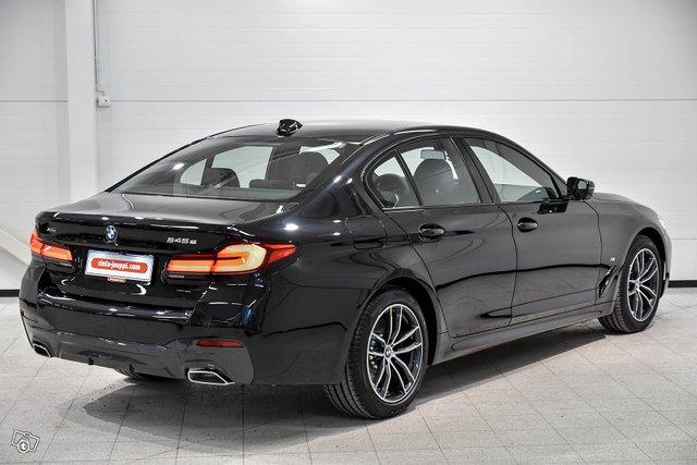 BMW 545 2