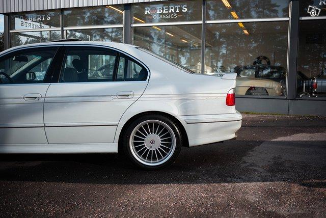 BMW Alpina B10 6