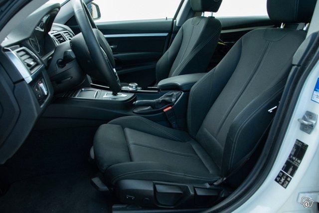 BMW 335 Gran Turismo 11