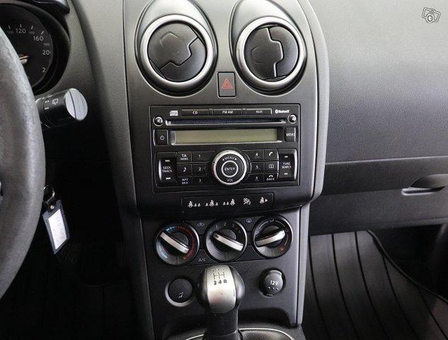 Nissan Qashqai+2 18