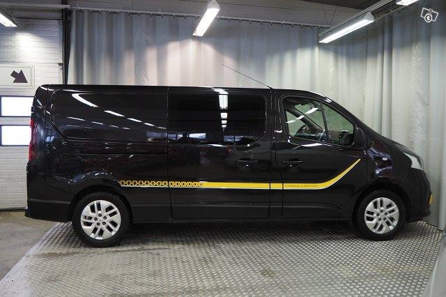 Renault Trafic 7