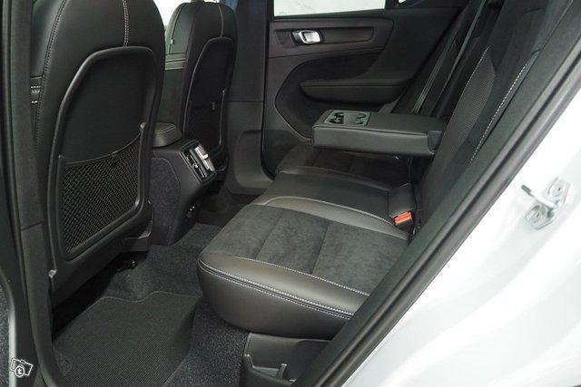 Volvo XC40 20
