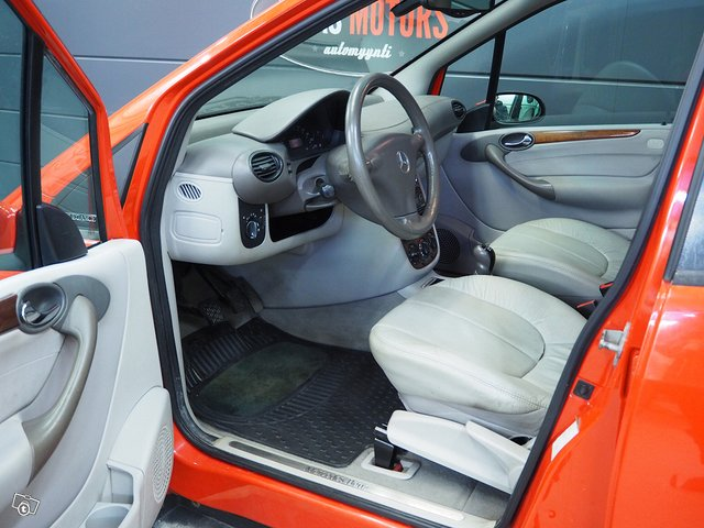 Mercedes-Benz A 170 CDI 9