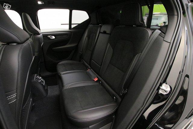 Volvo XC40 15