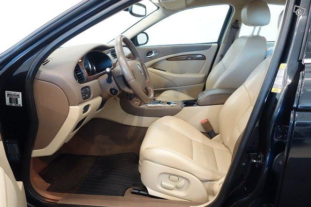 Jaguar S-TYPE 13