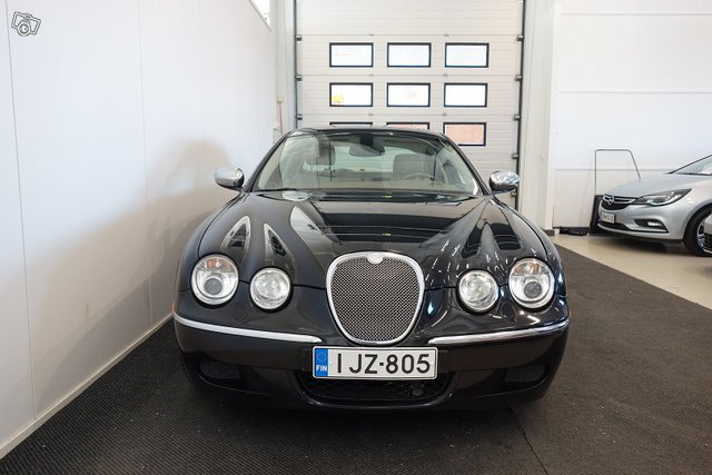 Jaguar S-TYPE 15