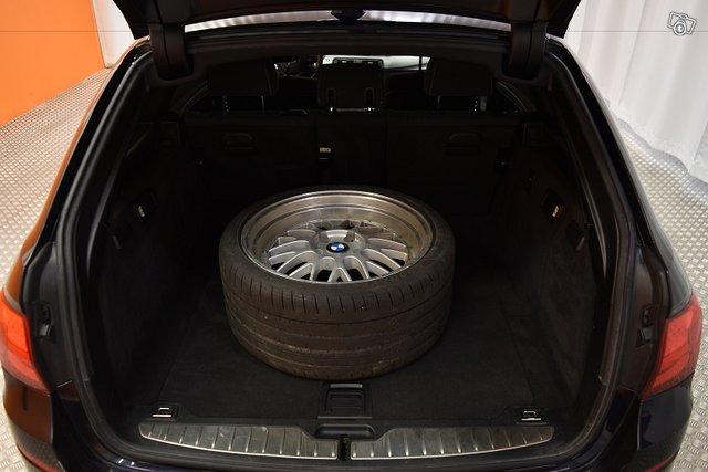 BMW 520 25