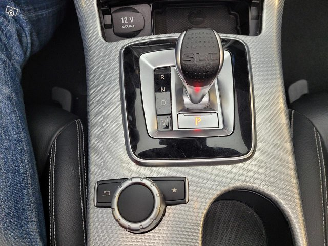 Mercedes-Benz SLC 8